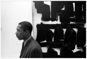 john-coltrane-at-the-guggenheim-museum-in-new-york-city-1960-photo-by-william-claxton
